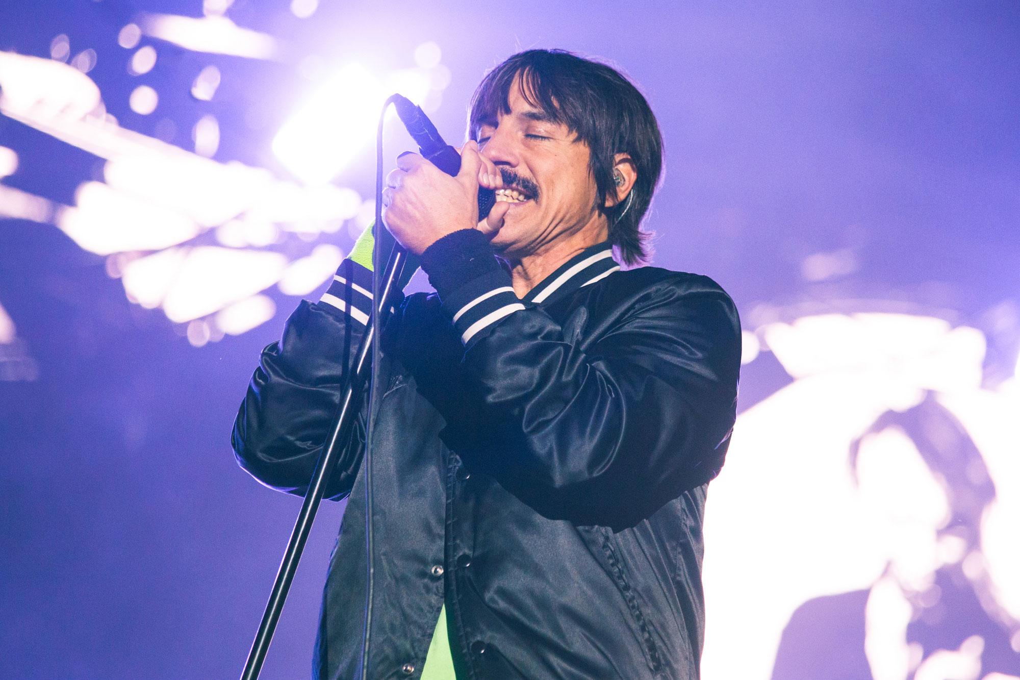 Red Hot Chili Peppers trabaja en su nuevo álbum