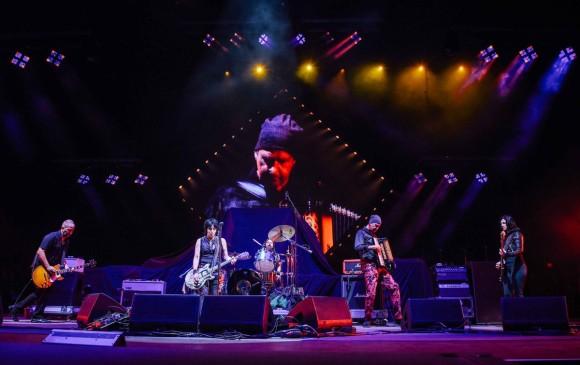 Los miembros de Nirvana se reunieron durante un show de Foo Fighters