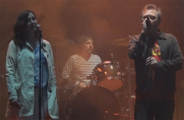 , The Jesus and Mary Chain invita a Bilinda Butcher al escenario