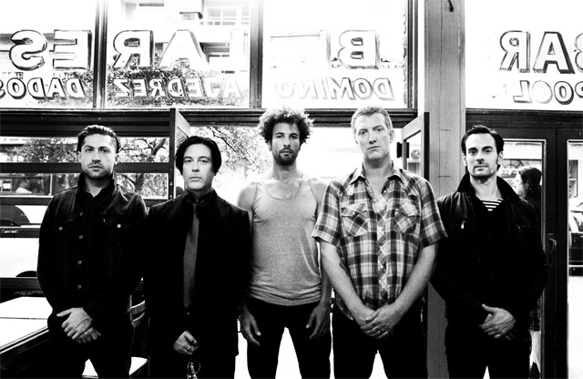 ", Queens of the Stone Age estrena canción: ""The Way You Used to Do"""