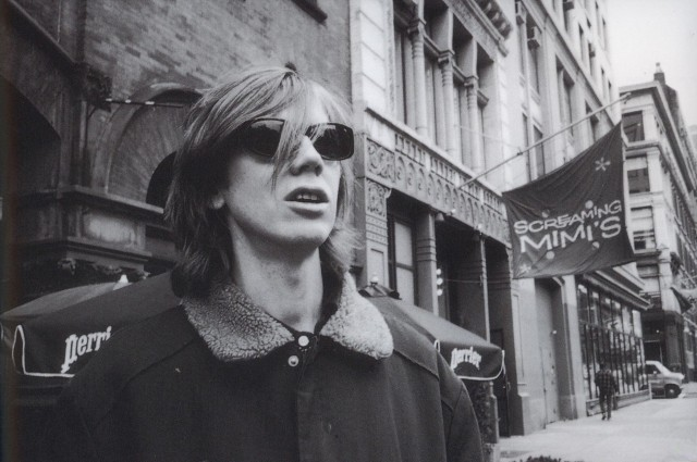 ", Thurston Moore con video para ""Speak To The Wild"""
