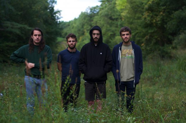 ", The Hotelier versiona a The Cure: ""Doing the Unstuck"""