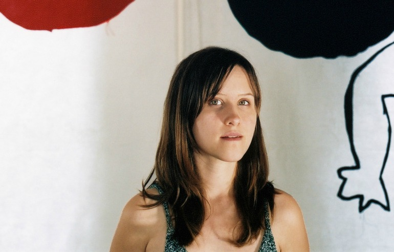 , Amber Coffman de Dirty Projectors anuncia disco solista: City of No Reply