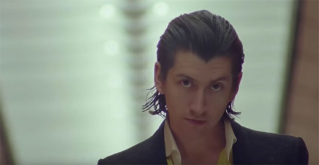 , Arctic Monkeys estrena documental y anuncia un nuevo single