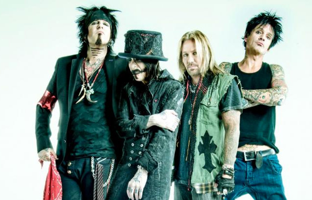 , Mötley Crüe acusa a KISS de copiar el final de sus shows